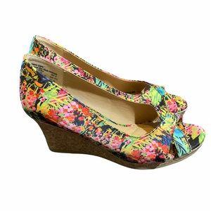Dexflex Comfort Floral Peep Toe Wedges Size 6